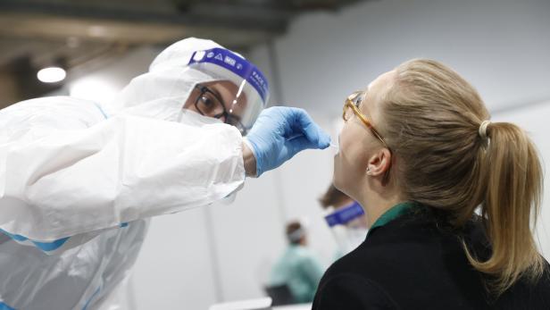 CORONA: BEGINN DER MASSENTESTS FÜR DIE BEVÖLKERUNG IN DER STEIERMARK