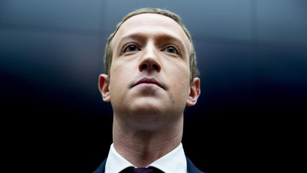 CEO Mark Zuckerberg announces Trump banned from Facebook and Instragram for at least two weeks