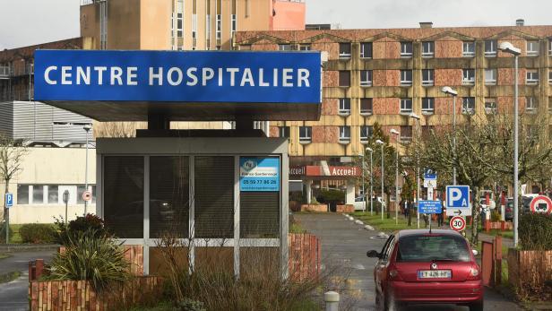 FRANCE-HEALTH-VIRUS-HOSPITAL-COMPUTER-CRIME