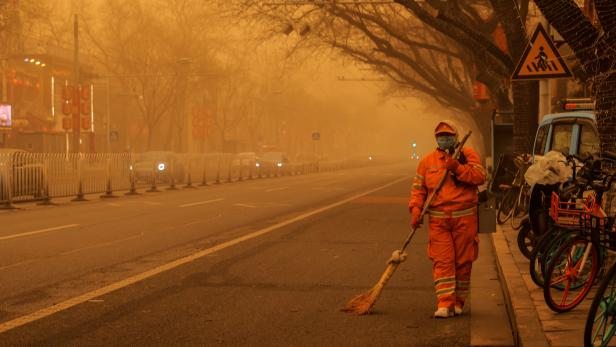 Sandstorm during morning rush hour in Beijing, China