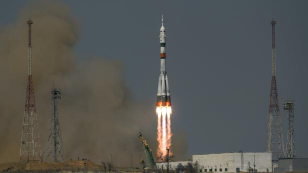 Expedition 65 launches aboard Soyuz MS-18 rocket