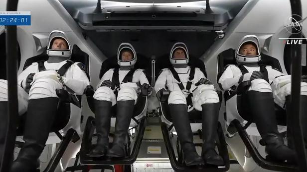 US-EUROPE-SPACE-SPACEX