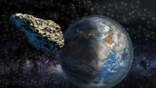 Asteroid close to Earth