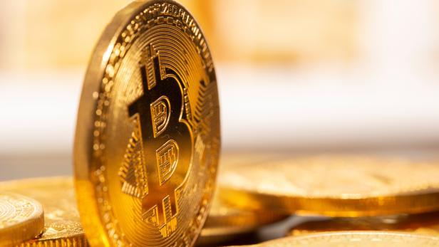 A representation of virtual currency Bitcoin