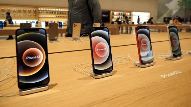 Apple launches iPhone 12 in Taiwan