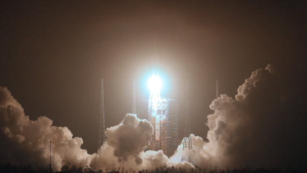 China launches its first cargo spacecraft Tianzhou-1