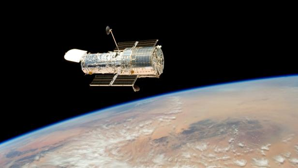 NASA identifies possible cause of Hubble Space Telescope's payload computer issue
