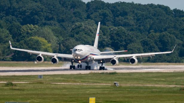 Iljuschin Il-96