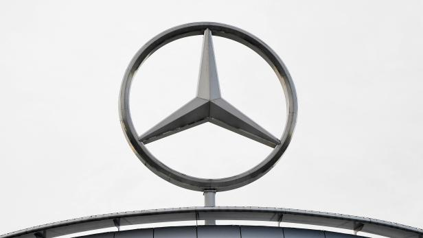 FILES-GERMANY-AUTOMOBILE-DAIMLER-LAWSUIT-CONSUMER