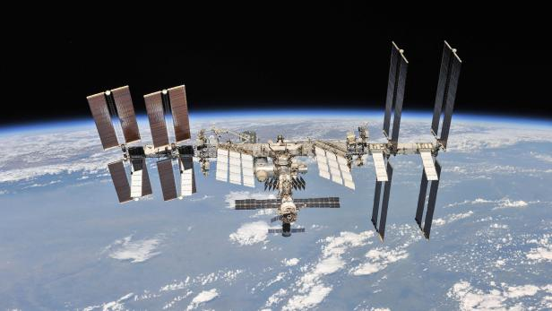 FILES-US-RUSSIA-SPACE