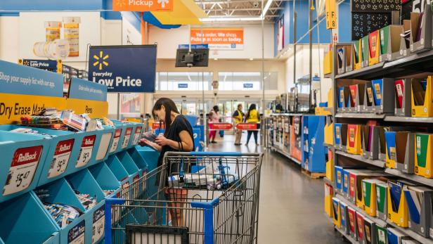 US-COST-OF-BACK-TO-SCHOOL-ITEMS-RISES-WITH-INFLATION
