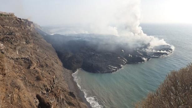 SO2 emissions increase after Cumbre Vieja volcano eruption in La Palma