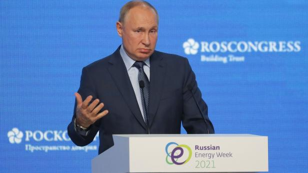 Russian President Putin attends the Russian Energy Week International Forum in Moscow