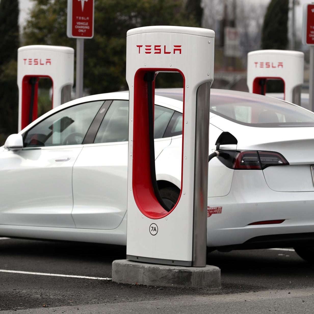 Warum man Tesla-Autos nicht zu 100 Prozent aufladen soll
