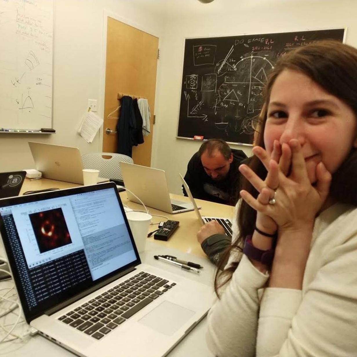 Schwarzes Loch: Das ist die Forscherin, die hinter dem Foto steckt