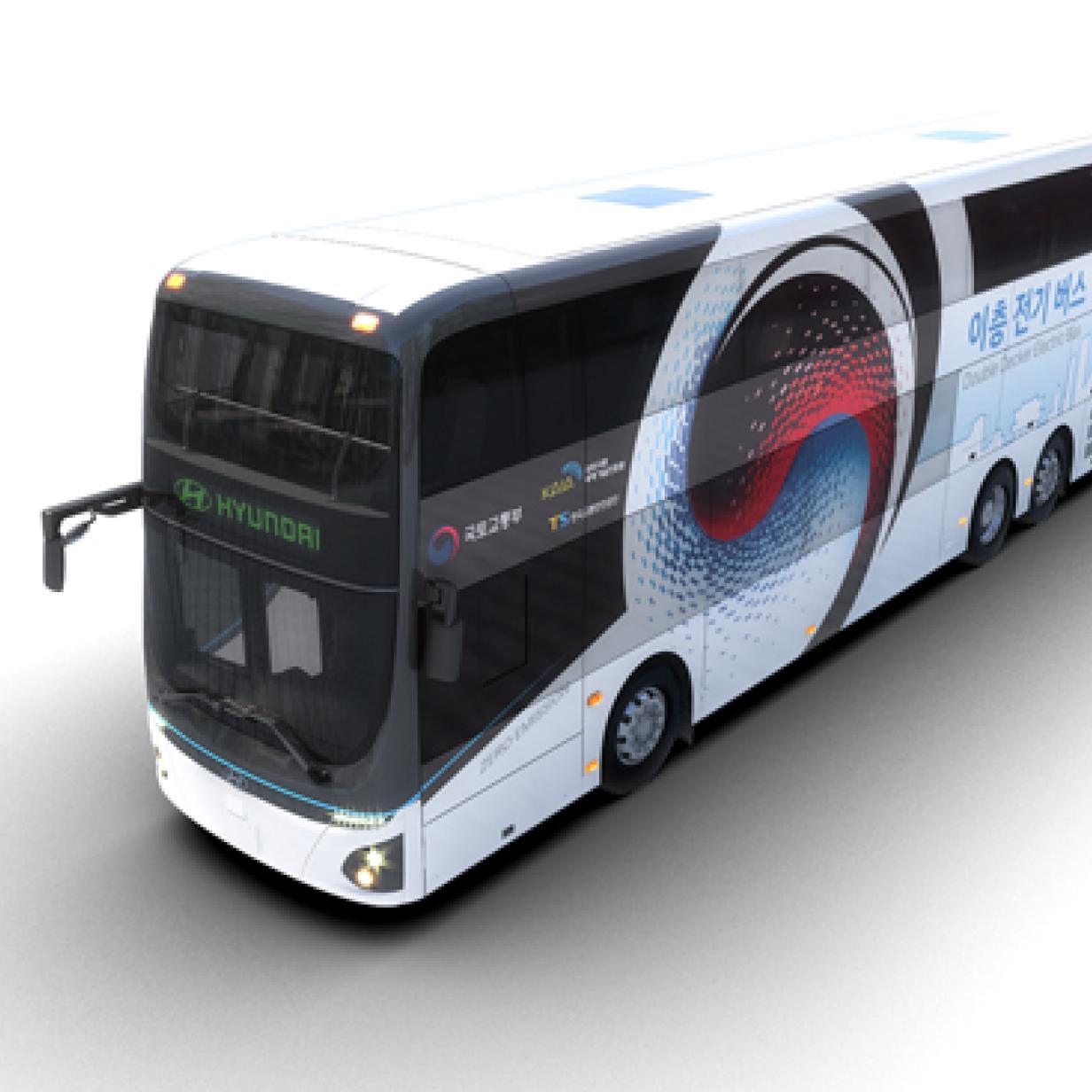 Elektrischer Doppeldecker-Bus mit Riesen-Akku vorgestellt