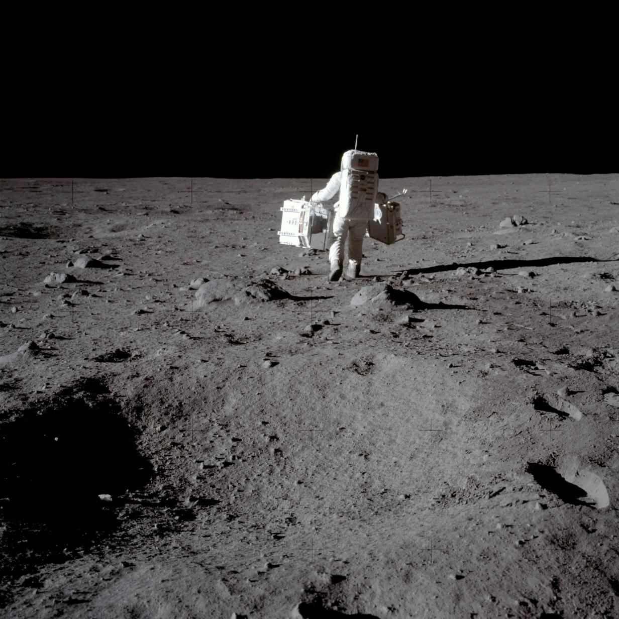 NASA-Videos der Mondlandung für 1,8 Millionen Dollar versteigert