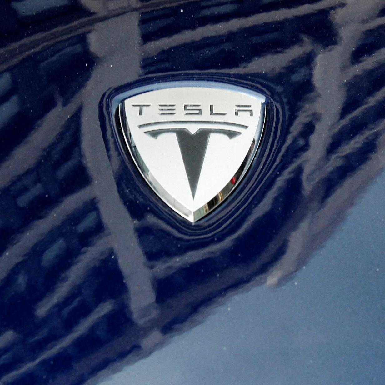 """Designer zeigt Tesla Pick-up im """"Blade Runner""""-Stil"""