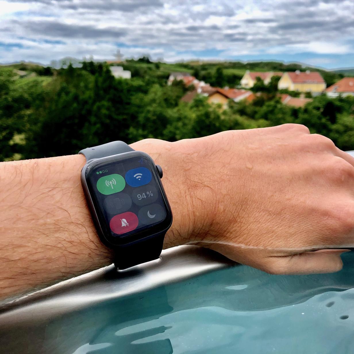 Apple Watch 4 mit eSIM im Test: Mobile Freiheit mit Tücken