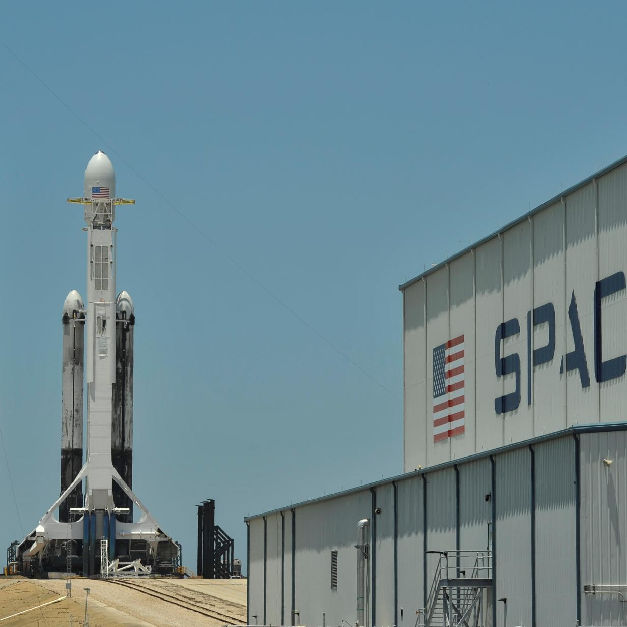 SpaceX bietet Satellitenstarts ab 2,25 Millionen Dollar an