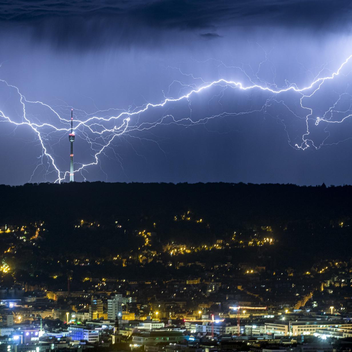 KI sagt voraus, wo der Blitz einschlägt