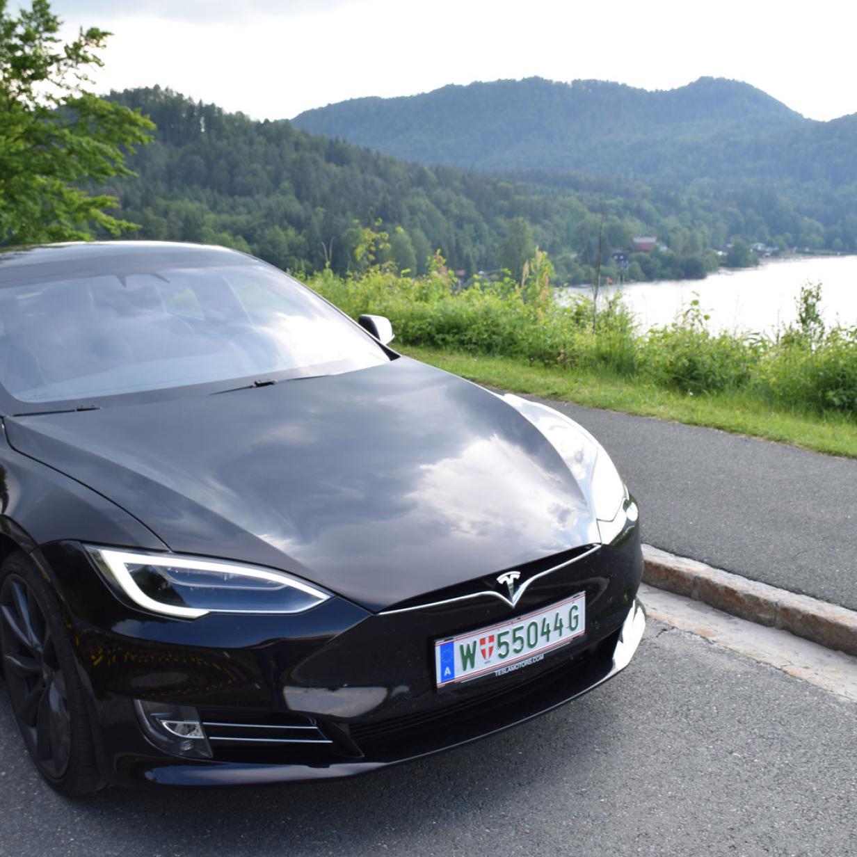 Neuer Rekord: Tesla Model S schlägt Porsche Taycan am Nürburgring