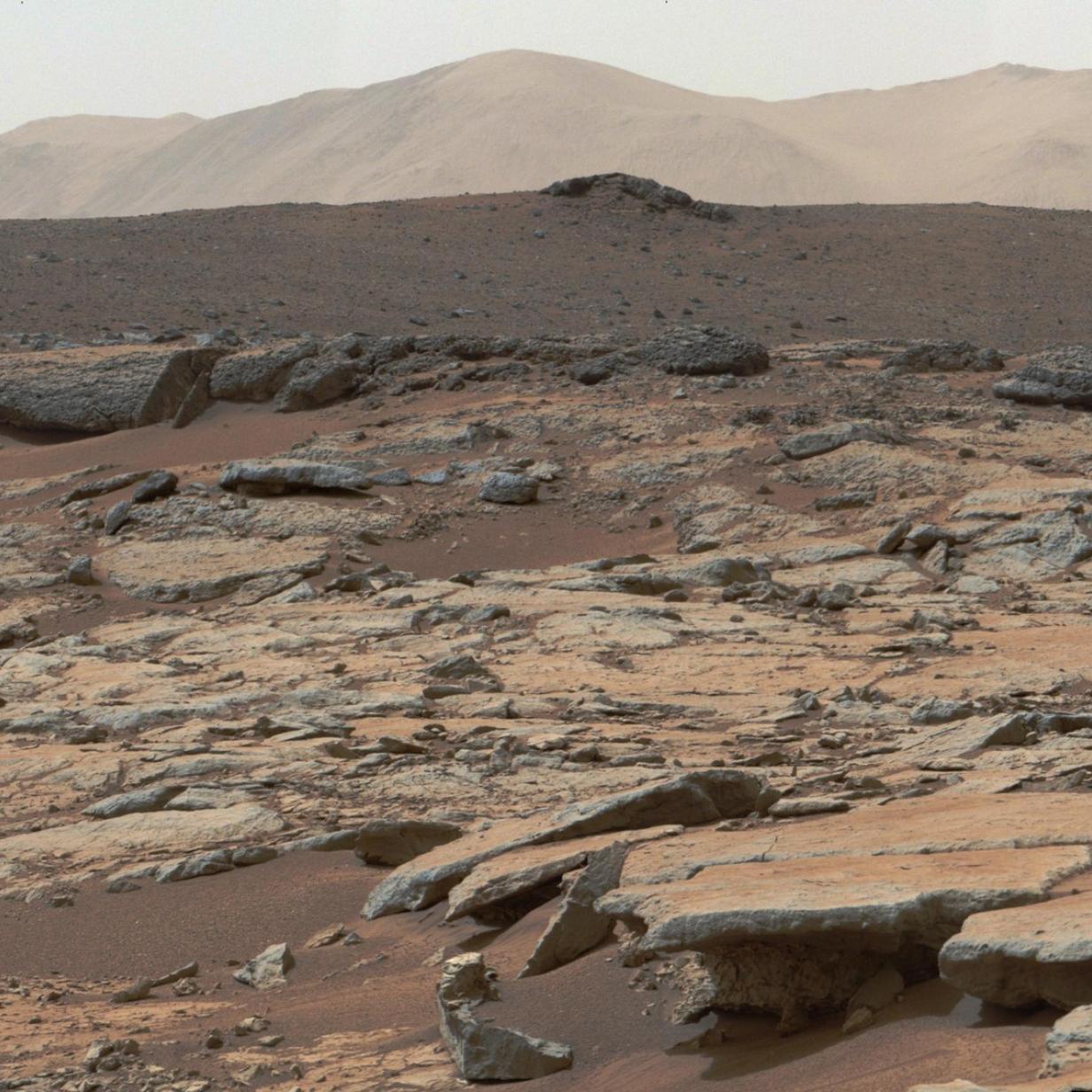 Spektatuläre Fotos vom Curiosity Rover aus dem Gale Krater
