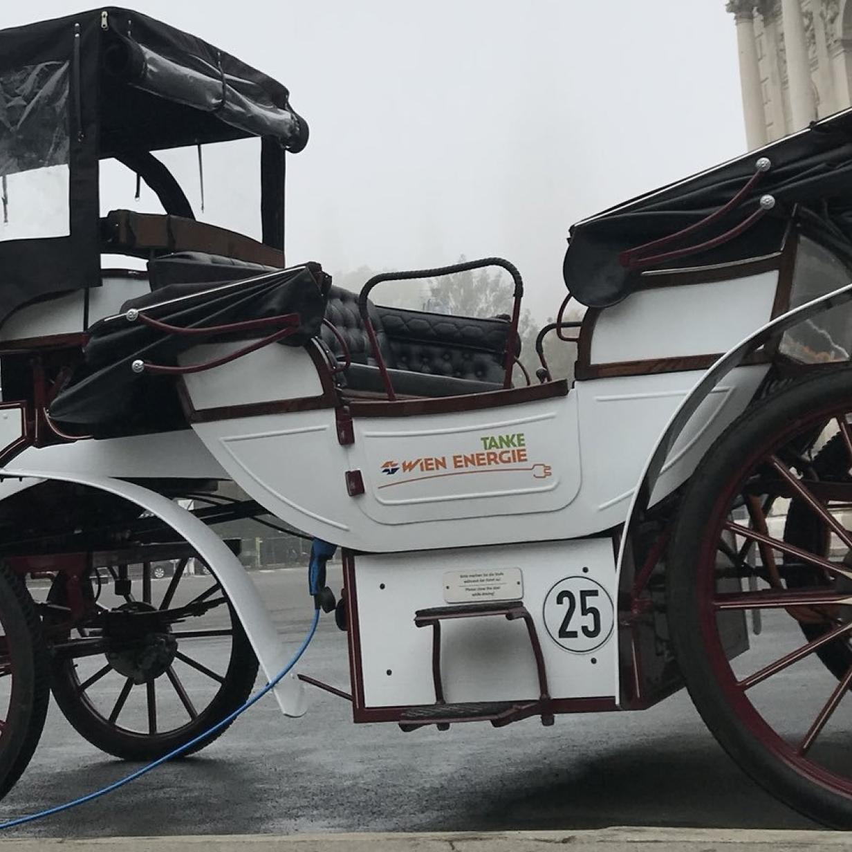 Kutsche ohne Pferde: E-Fiaker rollt ab sofort durch Wien