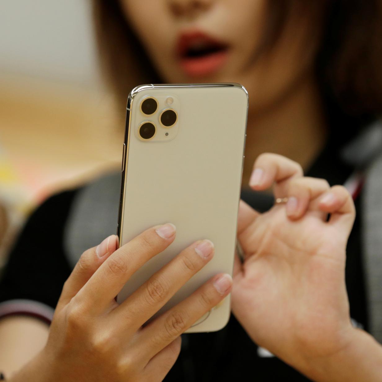Video: So wasserfest sind das neue iPhone 11 und 11 Pro