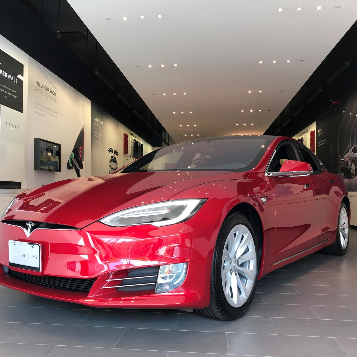 Tesla Model S fährt erstmals über eine Million Kilometer