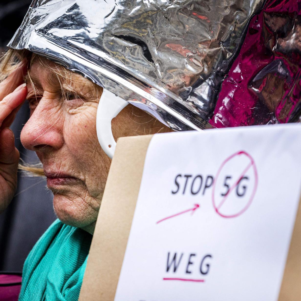Schweizer gehen aus Angst vor 5G auf die Straße