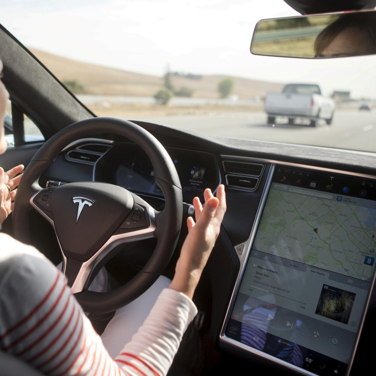 Tesla zeigt in neuem Video, wie Autopilot die Welt sieht