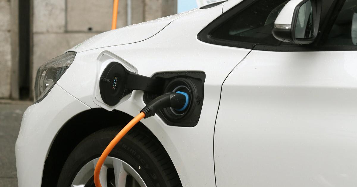Elektroauto-Quote für Autohersteller gefordert