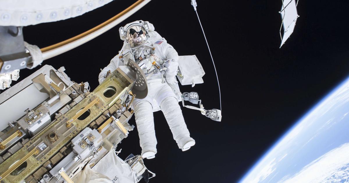 Video: NASA-Astronaut vergisst SD-Card seiner GoPro für Spacewalk