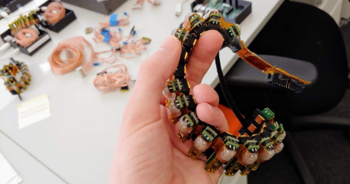 Armband erlaubt Bewegung von Mauszeiger mit Kraft der Gedanken