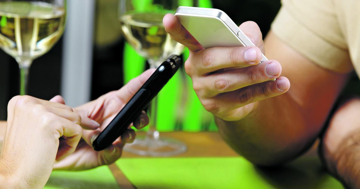 neuer mobilfunk tarifrechner deckt versteckte kosten auf. Black Bedroom Furniture Sets. Home Design Ideas