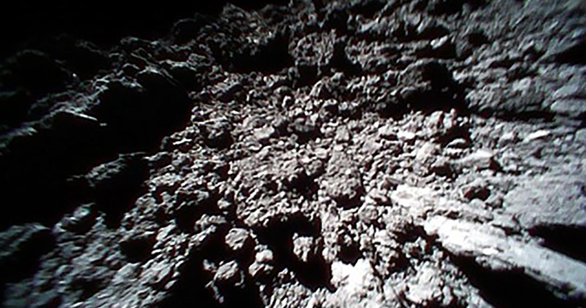 Nach Landung auf Asteroiden: Sonden schicken weitere spektakuläre Fotos