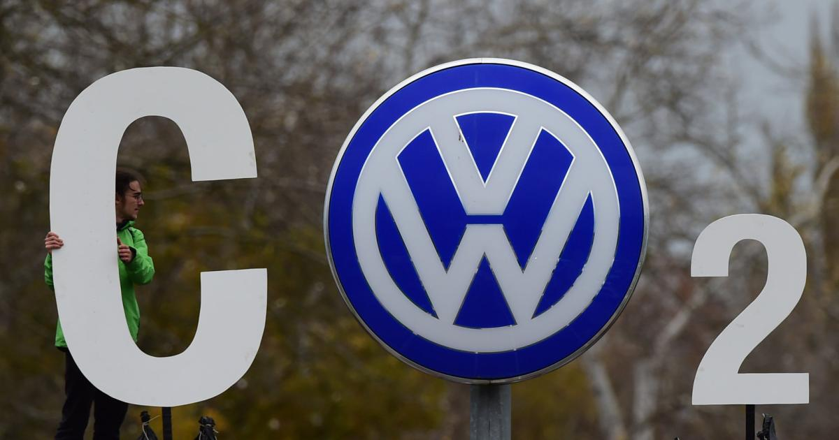 New fraud suspected: VW stops software update for diesel cars