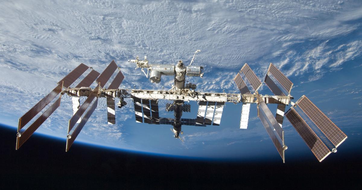 ISS: Besatzung findet Kratzer und Delle