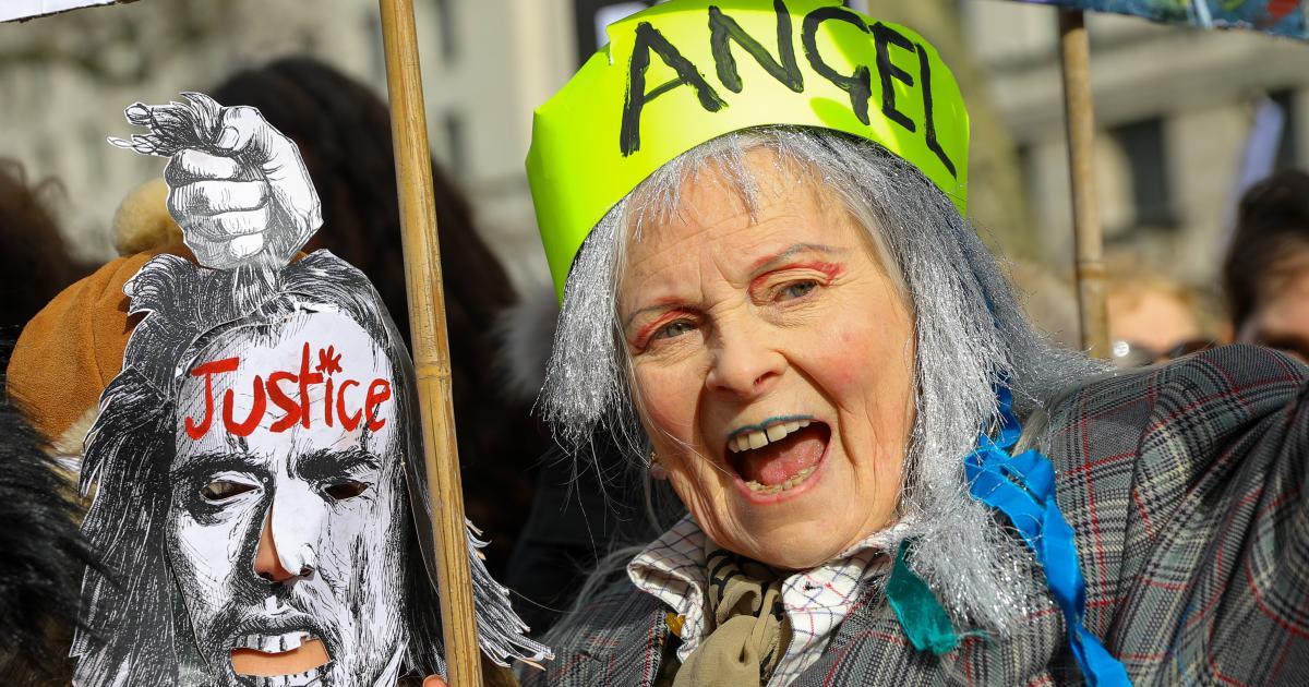 Prominente demonstrieren für WikiLeaks-Gründer Assange