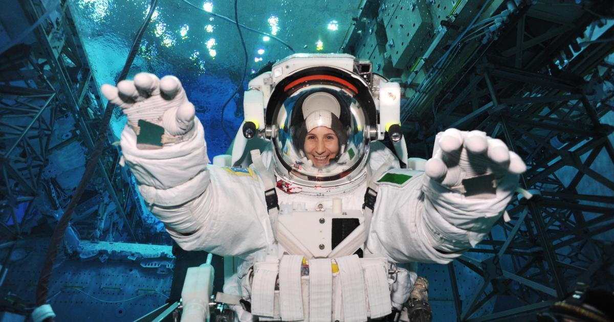 Keine Superhelden, aber außergewöhnlich: So wird man Astronaut*in - futurezone.at