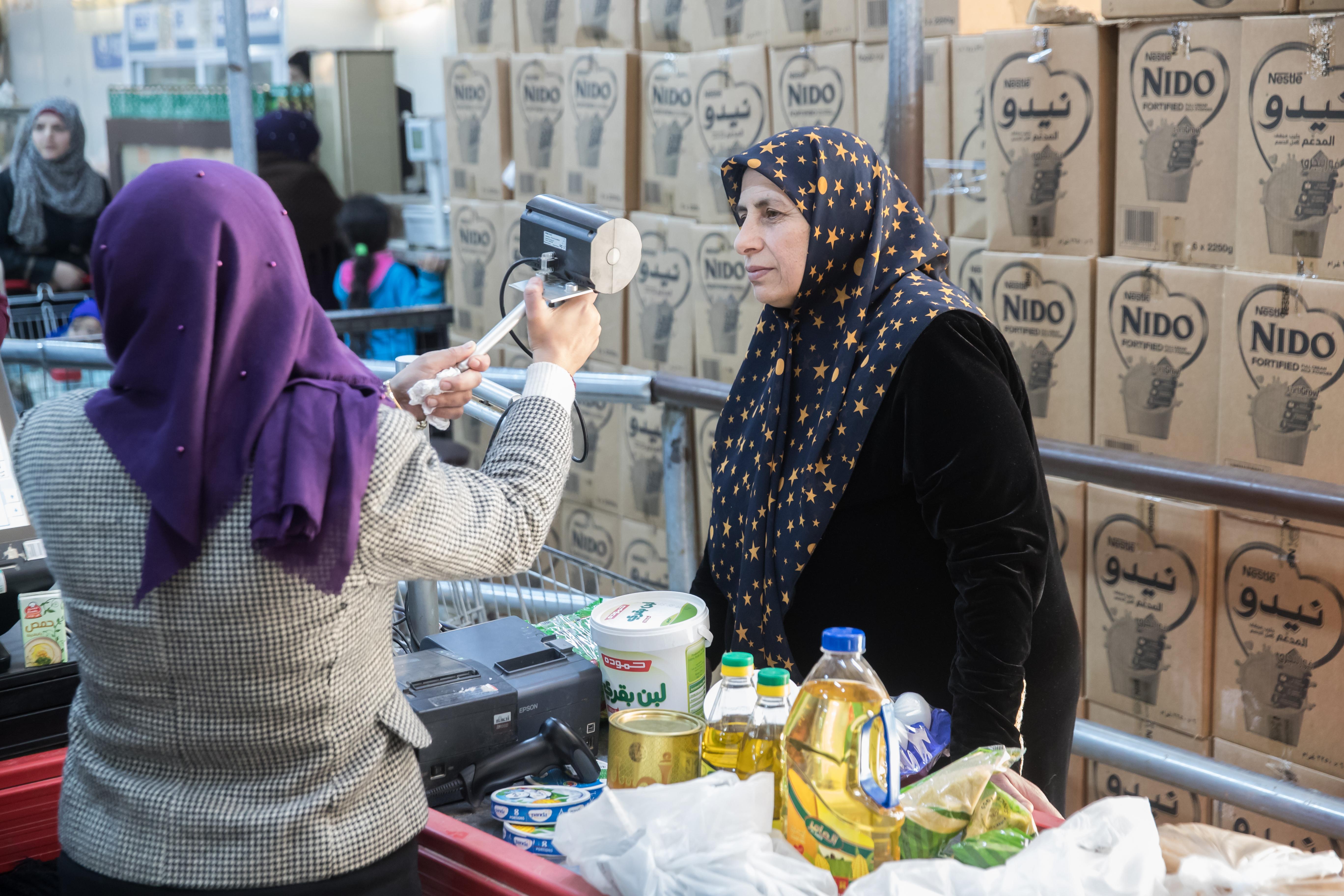 Wie eine Blockchain-Lösung aus München syrischen Flüchtlingen hilft